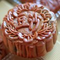 Chinese Mid-Autumn Moon Festivals in New York City: Moon Cakes and Flying Lanterns