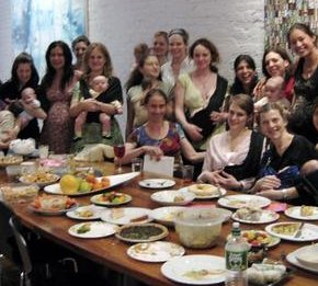 New York City Mom Groups and How to Meet Other Mothers (And Dads Too)
