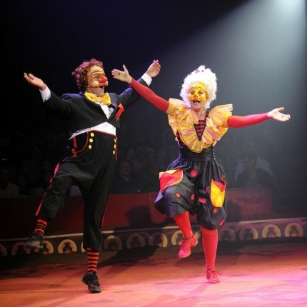 The hilarious Acrobuffos