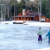 Things to do with kids: Outdoor Ice Skating in Hartford County