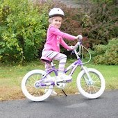 Things to do with kids: Family Friendly Bike Paths in Hartford County