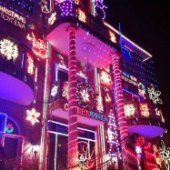 Things to do with kids: Dyker Heights at Christmas: Taking Kids to the Mind-Blowing Dyker Lights Displays in Brooklyn