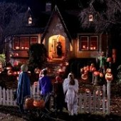 Things to do with kids: Best Neighborhoods to Trick-or-Treat for Los Angeles Kids