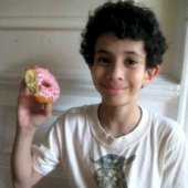 Things to do with kids: Free Doughnuts Friday, June 6 and Our Favorite NYC Doughnut Shops