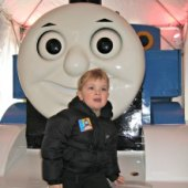 Things to do with kids: Weekend Fun for NYC Kids: Thomas the Tank Engine at NYBG, Three Kings Day Celebrations, Meteor Shower January 3-4