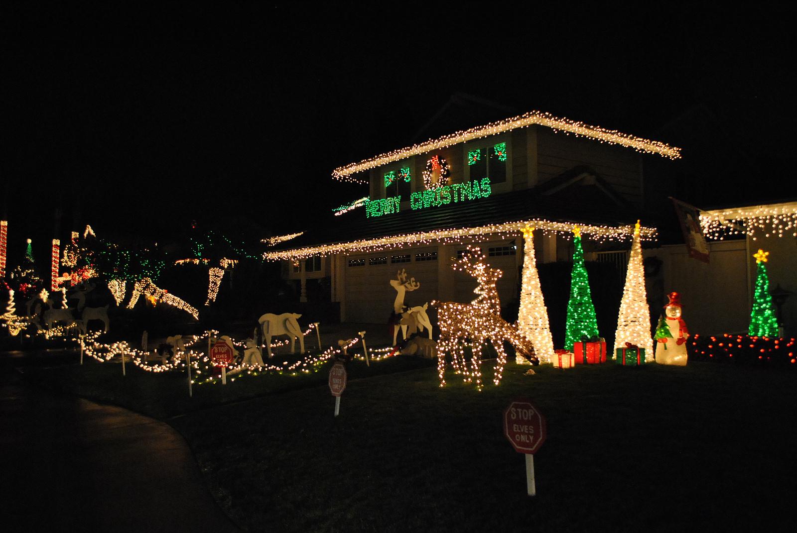 Brea Christmas Lights.Christmas Light Displays And Home Holiday Decorations Around