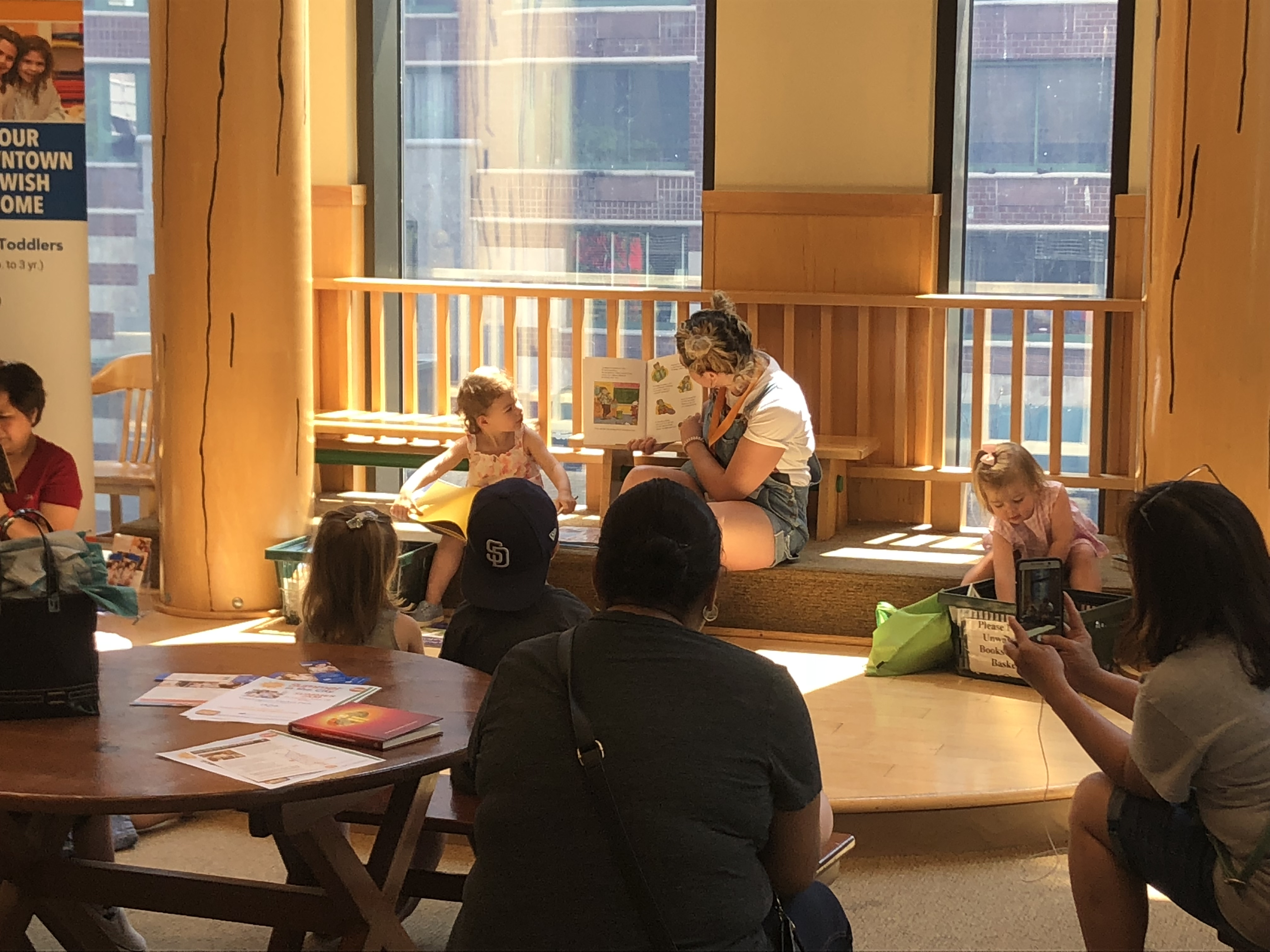 Rosh Hashanah Story Time at Barnes & Noble Tribeca | MommyPoppins ...