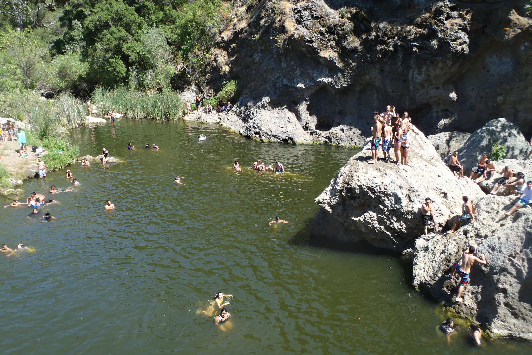 10 Swimming Lakes You Should Know Near Los Angeles | MommyPoppins