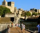 """Don't forget to dance """"sur le pont d'Avignon"""""""