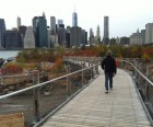 The zigzagging Squibb Park Bridge connects the Brooklyn Heights<br /> Promenade with Brooklyn Bridge Park