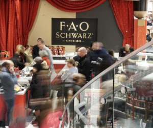 FAO Schwarz offers free in-store entertainment