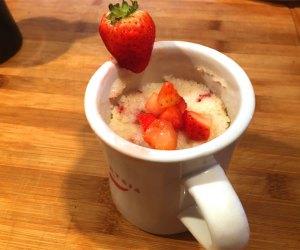 25 Healthy Breakfast Ideas for Kids: Strawberry Mug Muffin