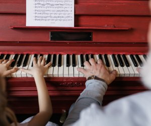 Fun Activities for Grandparents To Do with Kids: Play piano