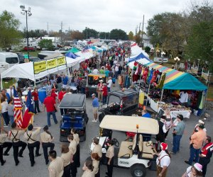 Packed streets at the annual Tomball German Christmas Festival & Market/Photo courtesy of Tomball German Fest