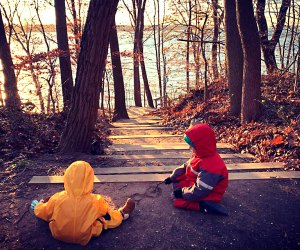 Kids on the trail at Garvies Point Preserve