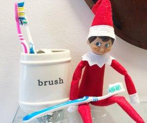See Elf of the Shelf brush his teeth