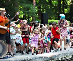 Kids can't resist dancing to bilingual rocker Mister G. Photo courtesy of the band