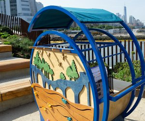 Little Island art cart