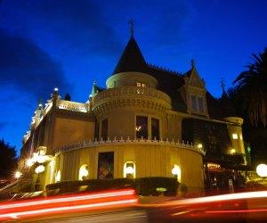 Themed Restaurants and Dinner Shows near Los Angeles: Magic Castle