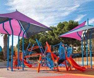 The Best Playgrounds with Shade in Los Angeles: Pan Pacific Park