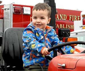 Kids can climb on a tractor, paint pumpkins, and more at Pumpkinfest on Monday, October 14. Photo courtesy of the Pine Island Chamber of Commerce