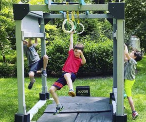 the grit ninja kids playing on portable ring challenge westchester birthday party