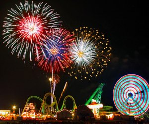 Willdwood's 4th of July celebration includes a parade, live music, and spectacular fireworks. Photo courtesy of the Greater Wildwoods Tourism Authority.