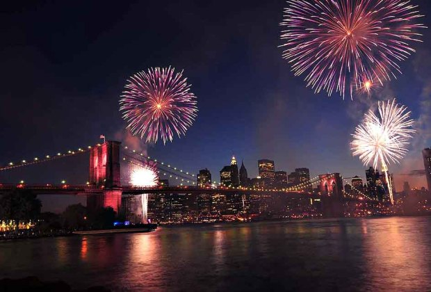 Take a 4th of July cruise on the Seastreak. Photo courtesy of Seastreak