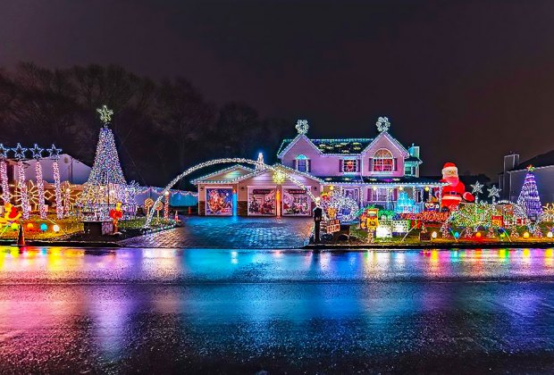 65 Elm Avenue Christmas House decorations Things to Do Over Holiday Break with Long Island Kids