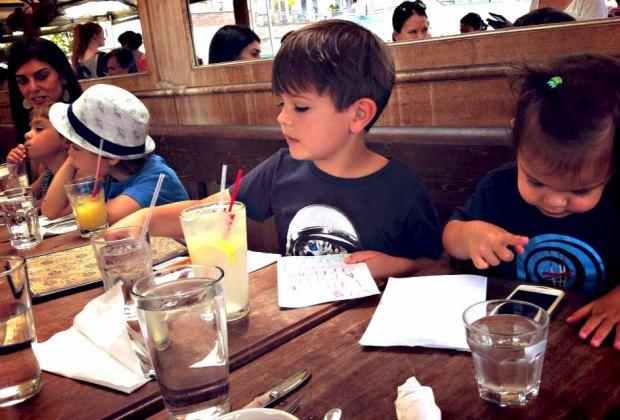Kids eating at Alma