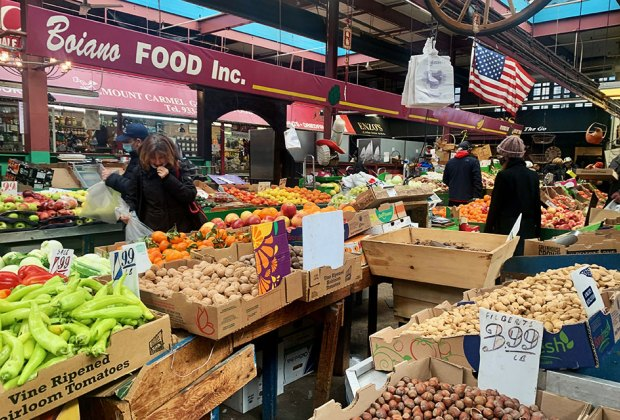 Arthur Avenue Retail Market Outdoor Food produce market
