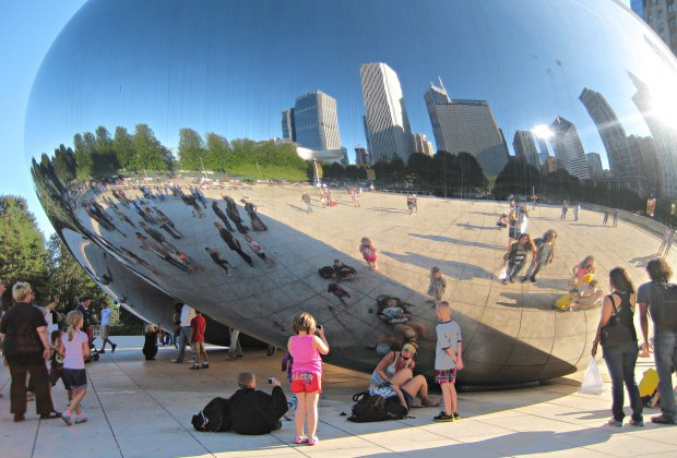 100 Things To Do in Chicago with Kids Before They Grow Up: Cloud Gate