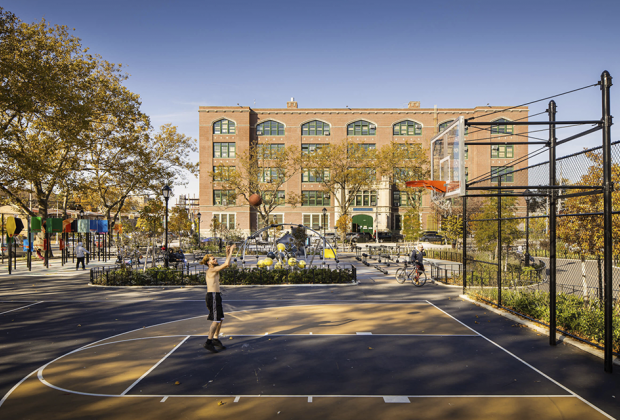 basketball court in betsy head park