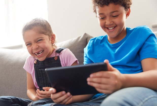 How To Have a Netflix Party for Kids: kids can watch together from home