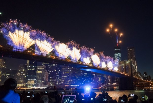 Macy's fireworks are back at the Brooklyn Bridge for 2019!  Photo by Dan Nguyen via Flickr