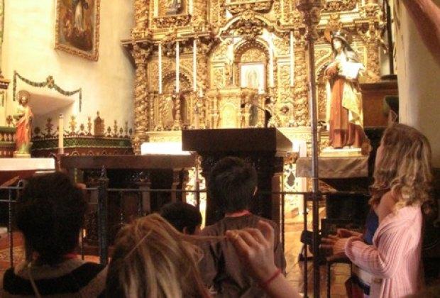 A tour through the chapel