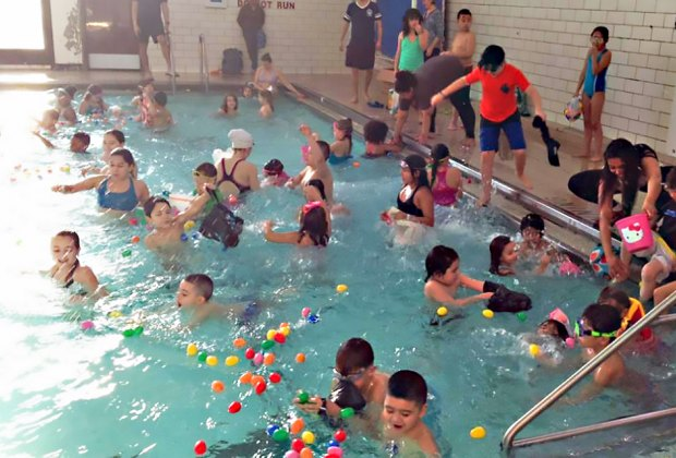 Take a dip in the pool to hunt for eggs at the Pool Egg Hunt at Sheridan. Photo courtesy of the Chicago Park District