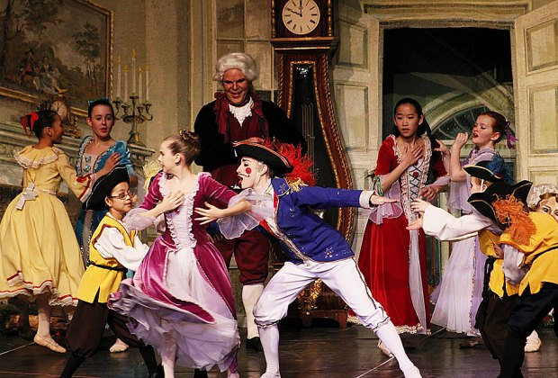 Dance Theatre in Westchester's Nutcracker is set in colonial Yorktown. Photo courtesy of the Paramount Hudson Valley Theater