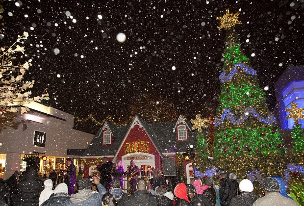 Get into the holiday spirit at the Cross County Shopping Center Christmas Tree Lighting.  Photo courtesy of the shopping center
