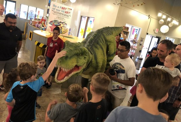 Dine on donuts and check out dinos with Dad this Father's Day./Photo courtesy of The Woodlands Children's Museum.