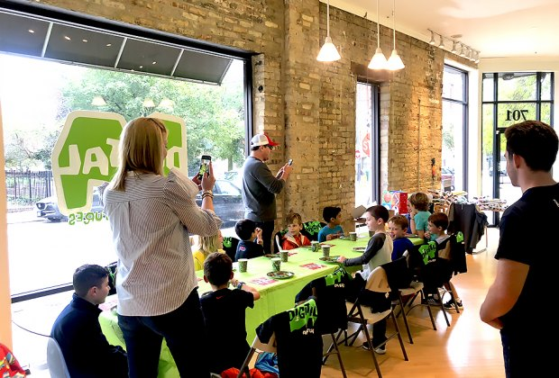 Groovy 15 Best Indoor Birthday Party Spots For Chicago Kids Home Interior And Landscaping Ologienasavecom
