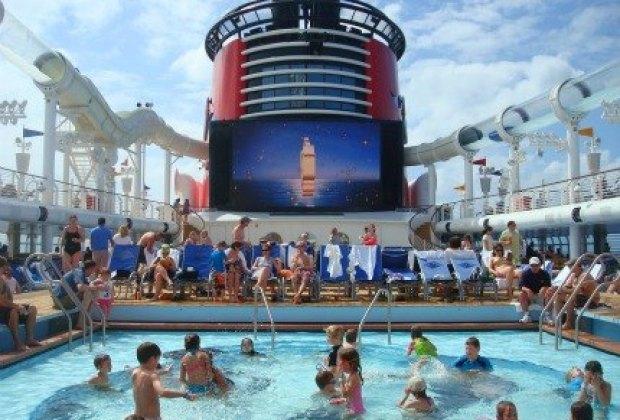 The swim deck on the Disney Fantasy Cruise