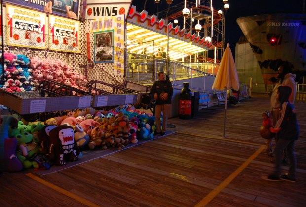 Fun Games on Mariner's Pier