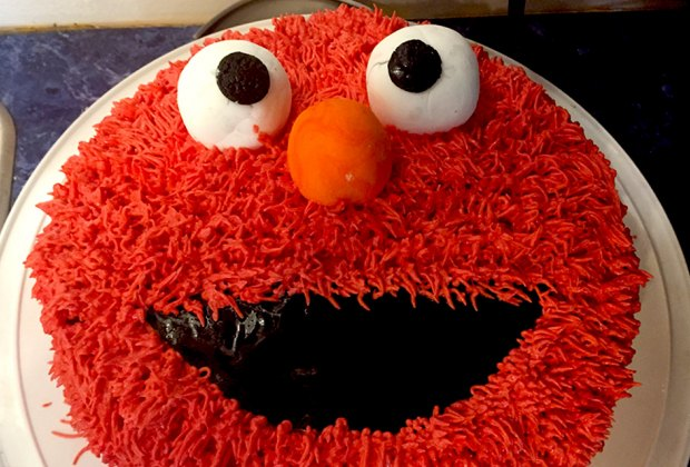 Birthday Cake Ideas for a Kids' Birthday Party: Elmo cake!