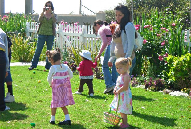 Easter Egg Hunt! Photo courtesy of Point Fermin Lighthouse