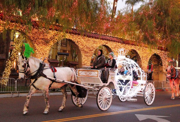 Take a carriage ride through Riverside's Festival of Lights. Photo courtesy of City of Riverside