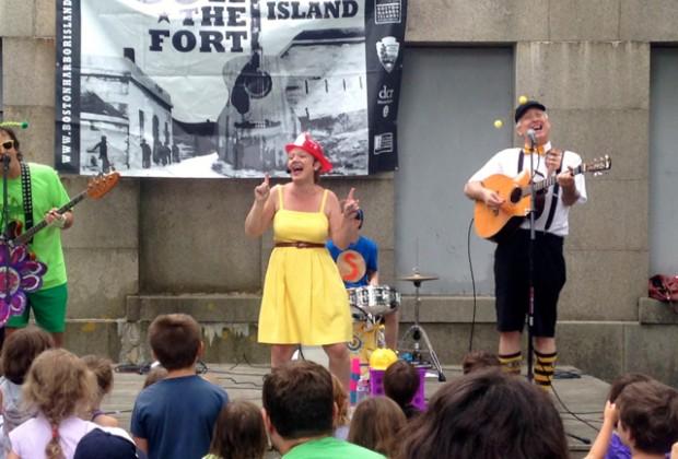 Karen K and the Jitterbugs rockin' the fort