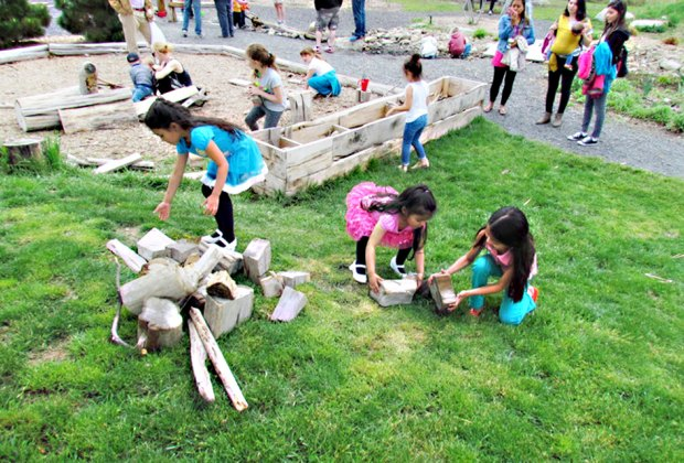 Spend the day enjoying nature play, hiking, live animals, games, and more at Community Day of Nature and Play. Photo courtesy of the museum
