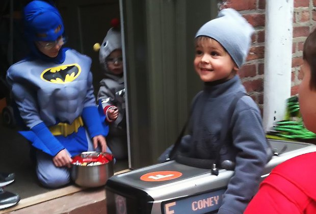 Trick or treating in Carroll Gardens, Brooklyn. Photo by Meagan Newhart