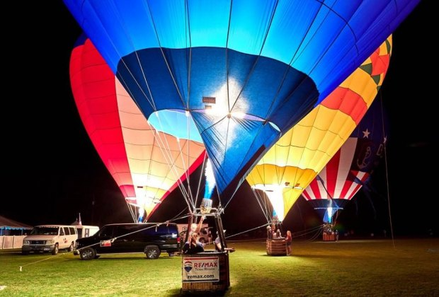 Spend your Saturday watching polo matches on the field and hot air balloons in the sky at the Houston Area Valentine's Day Balloon Festival & Polo Match./Photo courtesy of The Victory Cup.